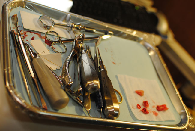 wisdom teeth extraction instruments